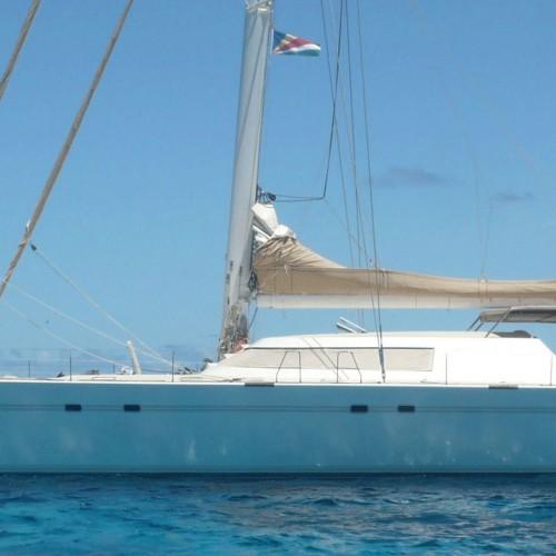 Lonestar-Luxury-Catamaran-Seychelles