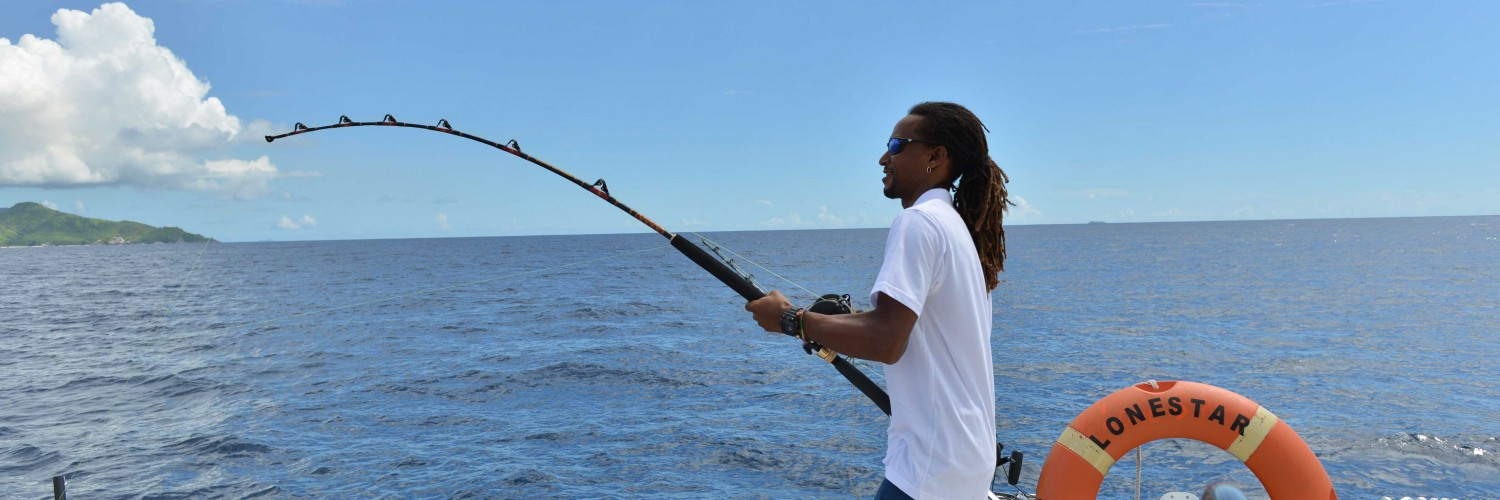 Fishing-Seychelles-Lonestar-Catamaran