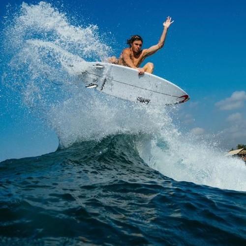Surf Sumba Lonestar